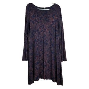 Boohoo Plus Navy Paisley Print Shift Dress Size 16